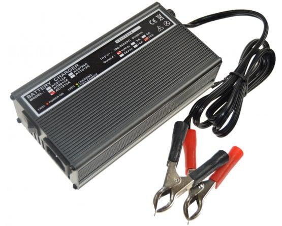 Oplader til blybatterier 2-trins 24V/7,0A