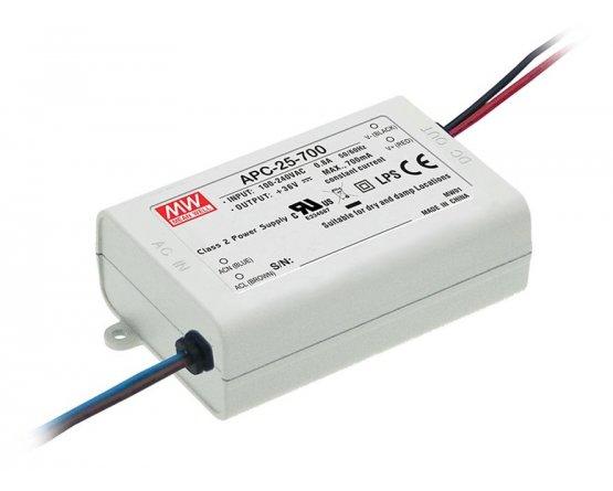 Strømforsyning AC/DC 11-36V/0,7A