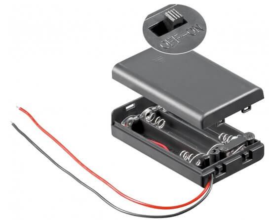 Batteriholder 3xAAA med ledning og kontakt