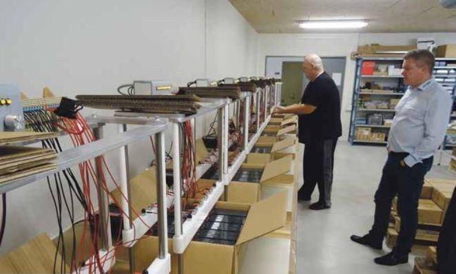 Panasonics blybatterier oplades og testes